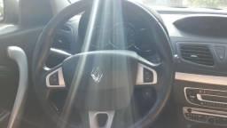 Renault Fluence em ótimo estado - 2013
