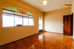 Casa residencial para aluguel, 3 quartos, 2 vagas, centro - carmo do cajuru/mg