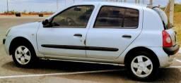 Renault Clio 1.0 Ano 2003 16v, Cor Prata - 2003