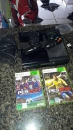 Xbox 360 2 controles 3 jogos