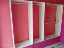 Vendo armários em MDF novo com gaveta