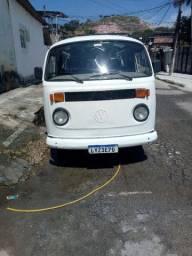 Kombi ano 1996 GNV gasolina bem conservado pneus novos documentos ok