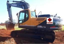 Escavadeira Hyundai R 220 LC-9 Peso Operacional 22.200 kg
