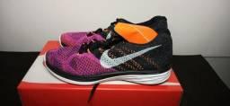 Tênis Nike Flyknit Lunar 3