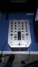 Mixer vmx200 Beringer