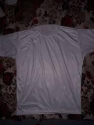 Camisa em malha PP