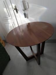 Mesa de canto redonda de Madeira
