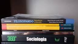 Livros Ensino Médio em ótimo estado