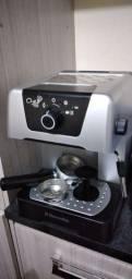 Cafeteria Electrolux nova completa....