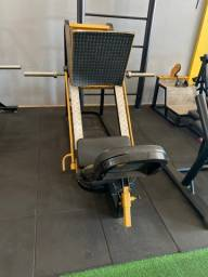 Título do anúncio: Máquina de Musculação - Leg 45