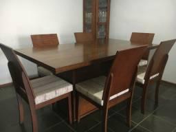 Conjunto Sala de Jantar de madeira 6 lugares