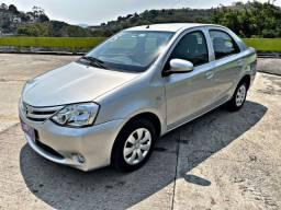Título do anúncio: Toyota Etios sedan x1.5 única dona !!!