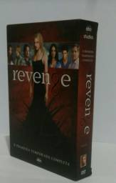Revenge - 1º temporada - DVD (Box completo)