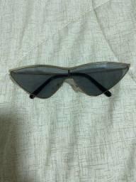 Óculos estiloso