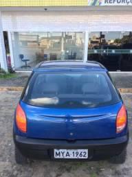 Celta 2001 / motor 1.0 8v / ar-condicionado e vidro elétrico. Contato *