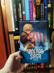 Título do anúncio: Vinland Saga Deluxe Capa Dura (Americano)