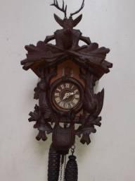 Relógio de parede Cuco Germânico corda 8 dias modelo caçador