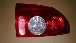 Lanterna Traseira L/E Montana 2004 a 2010