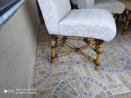 Mesa com 6 cadeiras em Cana da índia