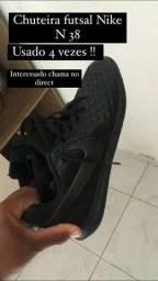 Título do anúncio: Chuteira futsal Nike N38