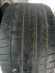 Título do anúncio: Torro par de 2 pneus 315 35 20 pneus meia vida bom ACEITO PIX