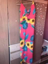 Lindo vestido semi novo