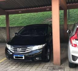 Vendo ou troco carro menor valor Honda City EXL top da categoria automático