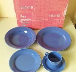 Conjunto aparelho de jantar e chá Biona 20 peças  - azul