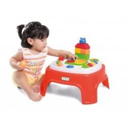 Mesinha de Atividades para Bebês 1 a 3 Anos Tateti