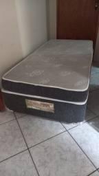 Box com colchão solteiro