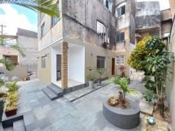 Título do anúncio: Amplo Apartamento 4 Quartos para Aluguel no Monte Serrat (877657)