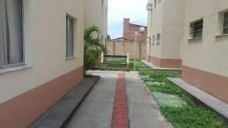 Apartamento Térreo no Condomínio Villas da Barra