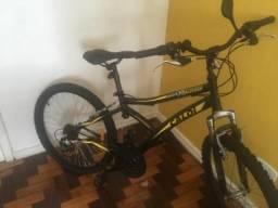 Bicicleta Caloi aro 26, 21 marchas usada