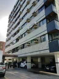 Apartamento na Ponta Verde com 3 quartos, quarto de empregada e vaga coberta