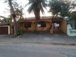 Excelente casa linear com 03 quartos mais edícula próx. Hospital Di Camp em Campo Grande