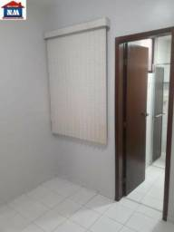 0182 - CNC 02 Edifício Brito! Próximo ao hospital Espaçoso apto!!!