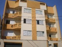 8076 | Apartamento para alugar com 3 quartos em Zona 03, Maringá