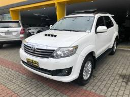Toyota Hilux SW4 SRV 7L 2014 - 2014