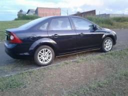 Focus sedan 2.0 automático - 2012