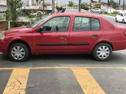 Clio sedan ar gelando - 2001