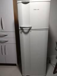 Vendo refrigerador Electrolux DF38