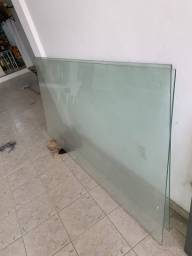Dois vidros para vitrines  ou etc valor R$ 700,00