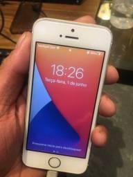 IPhone SE 64gb primeira geração.