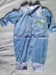 Título do anúncio: Macacão infantil unissex azul em veludo tamanho G (12 meses)