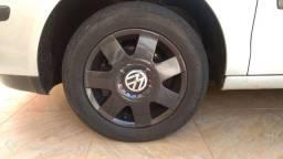 Rodas aro 14 com 5 furos pneus