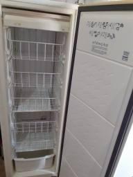 Freezer cônsul vertical slim