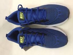Tênis Nike azul masculino