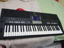 Vendo teclado psr550 interessados só chamar *