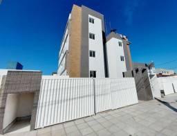 Apartamento em Nova Mangabeira, 2 Quartos, Na avenida principal