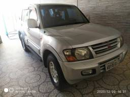Pagero 7 lugares diesel